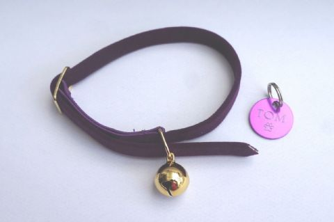 ANCOL PURPLE VELVET ELASTICATED SAFETY CAT COLLAR WITH TAG ENGRAVED BOTH SIDES
